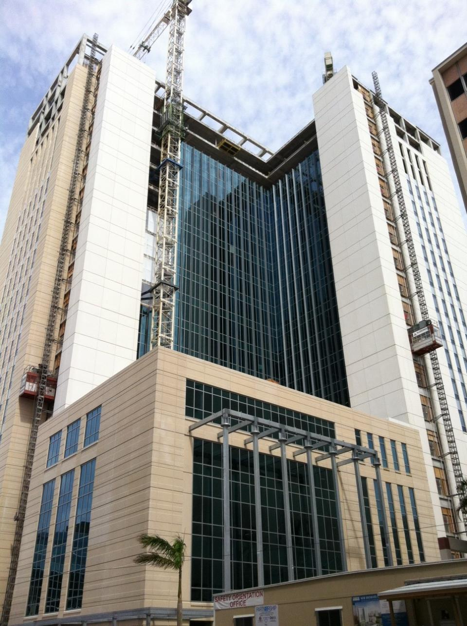 Construction of the Broward County Courthouse to LEED standards
