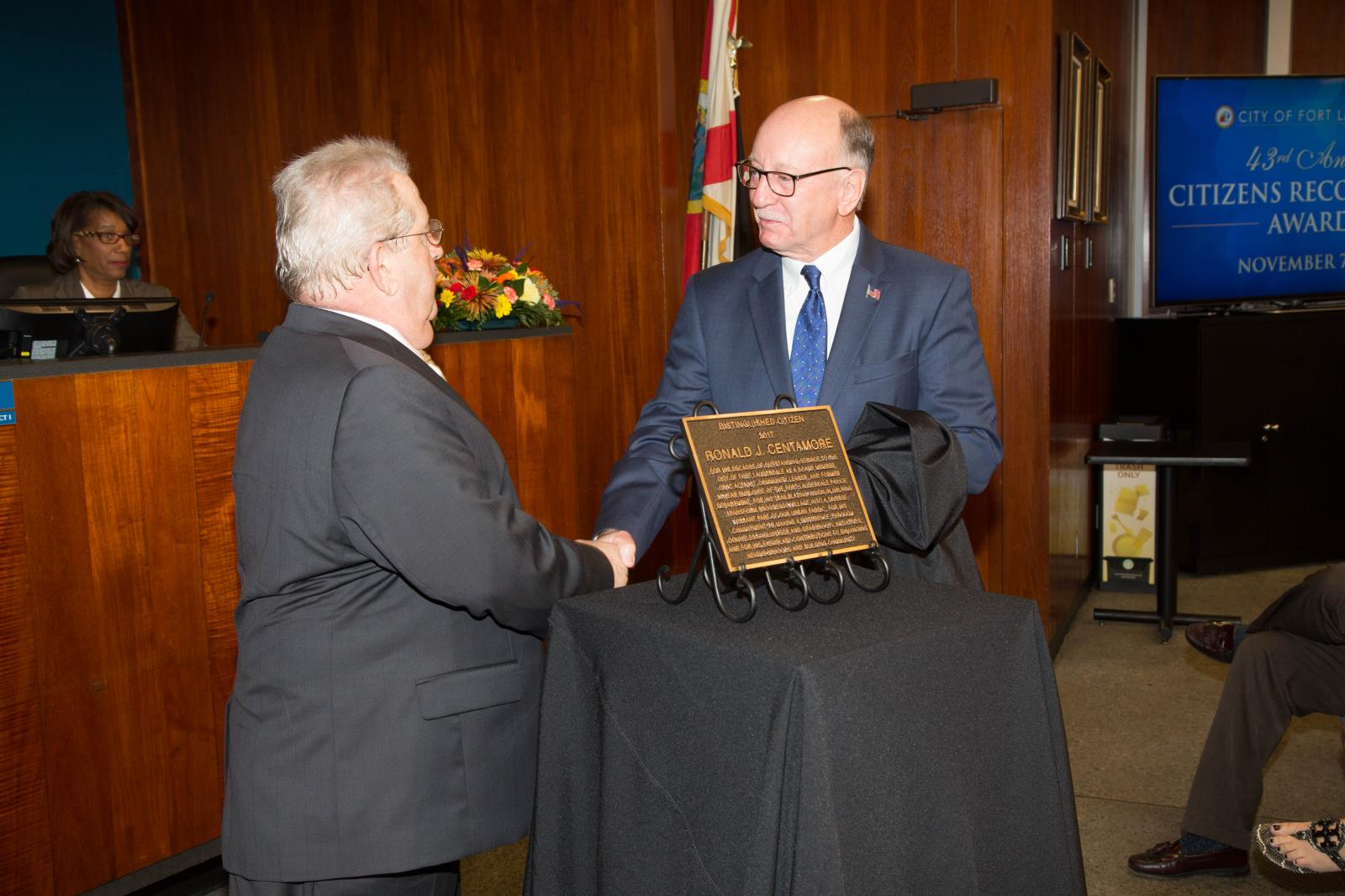 Unveiling of the Distinguished Citizen plaque