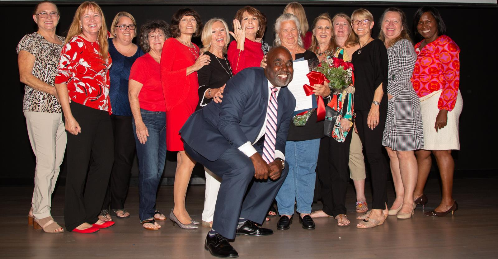 District III Commissioner Robert L. McKinzie with 2018 Citizen of the Year Jo Ann Smith and the proud members of the Fort Lauderdale Woman's Club